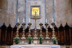 Altare i panteon, Rome Royaltyfria Bilder