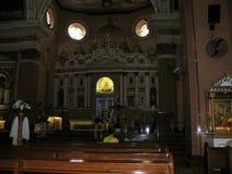 Altare interno della chiesa di Binondo, Binondo, Manila Fotografie Stock
