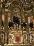 Altare nel monastero di Jeronimos a Lisbona Portogallo Immagine Stock