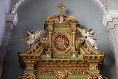 Altare nella basilica del cuore sacro di Gesù a Zagabria Fotografie Stock