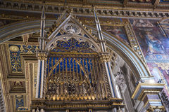 Altare nella basilica della st John Lateran a Roma Italia Immagini Stock Libere da Diritti
