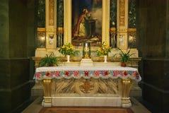 Altare nella basilica dello Stephen del san, Budapest Immagine Stock
