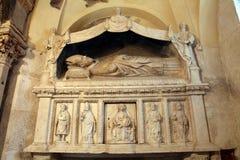 Altare nella cattedrale della st Domnius nella spaccatura Fotografie Stock