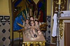 Altare nella chiesa di parrocchia nella vecchia città di Marbella su Costa Del Sol in Spagna Europa Fotografie Stock