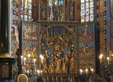 Altare nella chiesa di St Mary a Cracovia Immagini Stock Libere da Diritti