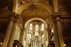 Altare och valv av domkyrkan i Leon, Guanajuato den konstn?rliga detaljerade eiffel ramen france horisontalmetalliska paris m?nsa royaltyfri foto