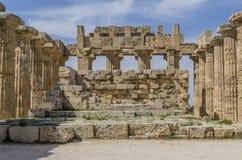 Altare principale del tempio del selinunte di olympieion Immagini Stock Libere da Diritti