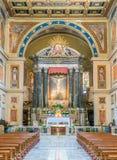 Altare principale nella basilica di Saint Lawrence in Lucina a Roma, Italia Fotografie Stock