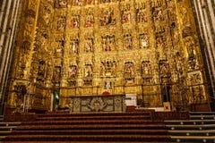 Altare principale nella cattedrale di Siviglia Fotografie Stock