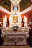 Altare principale nella chiesa di budva Fotografia Stock