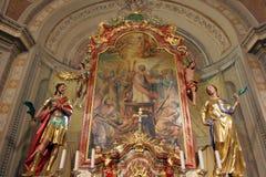 Altare principale nella chiesa di Vitus dei san in Ozalj, Croazia Fotografia Stock Libera da Diritti