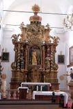 Altare principale nella chiesa Leonard di Noblac in Kotari, Croazia Fotografia Stock