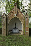 Altare su Waldfriedhof (cimitero della foresta) in Dambeck vicino a Greifswald, Germania Fotografie Stock Libere da Diritti