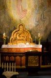 Altare in una chiesa Fotografia Stock