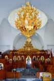 Altare in una piccola chiesa ortodossa Fotografia Stock