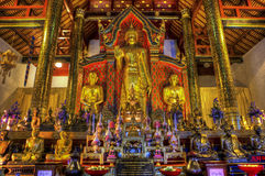 Altare Wat Chedi Luang Fotografia Stock Libera da Diritti