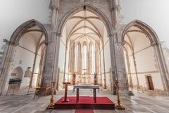 Altaret, absid och kapell av Santo Agostinho da Graca kyrktar Royaltyfri Foto
