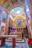 Altaret av förklaringkyrkan i Mdina, Malta arkivbild