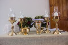 Altaret tänds av solljuset royaltyfri foto