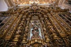 Altarpiece в новом соборе Коимбры стоковое фото