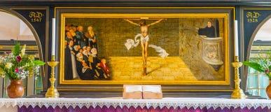 Altarpiece Mary& x27 Мартина Luther Христоса; церковь Stadtkirche l города s стоковое фото rf