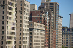 Altas construcciones de viviendas de la subida de Chicago fotografía de archivo libre de regalías