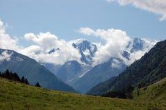 Altas montañas foto de archivo
