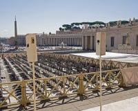 Altavoces en St Peters Square, Vaticano Fotografía de archivo