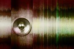 Altavoz de la música del Grunge con las ondas acústicas Imagen de archivo libre de regalías