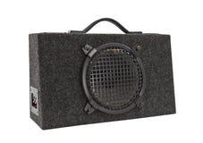 Altavoz para bajas audiofrecuencias audio del rectángulo de auge del coche viejo aislado Fotografía de archivo libre de regalías