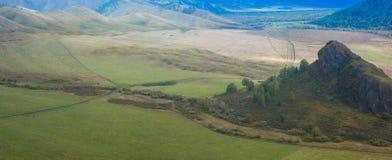 Altay βουνά στη Σιβηρία στοκ εικόνα