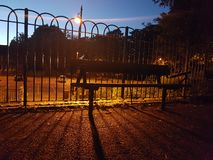 altay καλυμμένη οδός της Σιβηρίας νύχτας λαμπτήρων υγείας belokurikha θέρετρο στοκ εικόνες με δικαίωμα ελεύθερης χρήσης