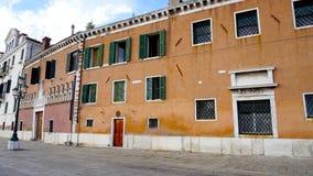 Altbauarchitektur in Venedig lizenzfreies stockbild