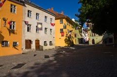 Altbauten in der mittelalterlichen Stadt von Sighisoara (Siebenbürgen, Rumänien) Stockfotos