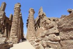 Alte ägyptische Säulen eines Tempels Stockfotografie