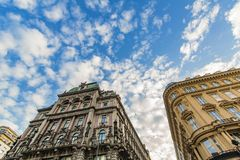 Alte österreichische Häuser in Wien, Österreich lizenzfreies stockbild