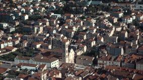 Alte adriatische Inselstadt Hvar Hohe Winkelsicht stock footage