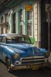 Alte amerikanische Autos HAVANA/CUBA am 4. Juli 2006 - in den Straßen von Stockfotografie