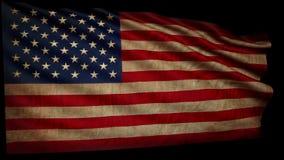Alte amerikanische Flagge entwickelt sich langsam im Wind stock footage
