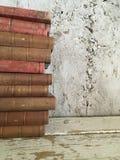 Alte antike Bücher der Weinlese lizenzfreie stockfotos