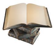 Alte antike Bücher gestapelt auf gegenseitig Lizenzfreie Stockfotos