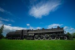 Alte, antike Dampf-Zug-Maschine Stockbilder