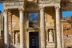Alte antike Stadt von Efes, Ephesus-Bibliotheksruine in der Türkei Stockfotografie
