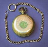 Alte antike Taschen-Uhr stockbild
