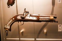 Alte Antiquitäten der arabischen Pistole - Scharjah-Museum Lizenzfreie Stockfotos