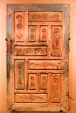 Alte Antiquitäten der arabischen Tür - Scharjah-Museum Lizenzfreies Stockfoto