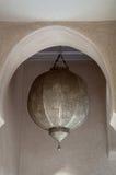 Alte arabische traditionelle metallische Lampe Lizenzfreie Stockfotografie