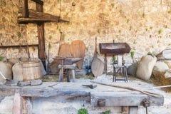 Alte Arbeitsgeräte, mittelalterliche Zeiten lizenzfreie stockfotos