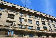 Alte Architektur in der alten Stadt von Bukarest Stockbild