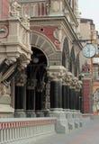 Alte Architektur in der venetianischen Art Lizenzfreie Stockbilder